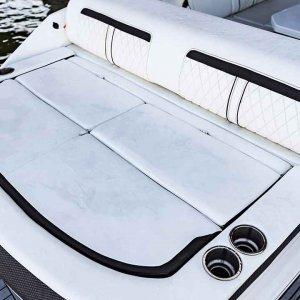 Sea-Ray-SLX-280-details